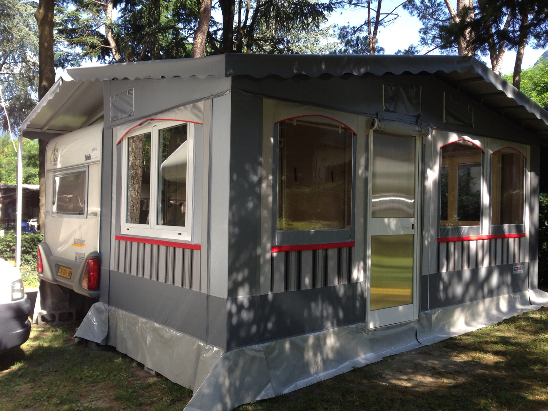 tenda grigia - Copia